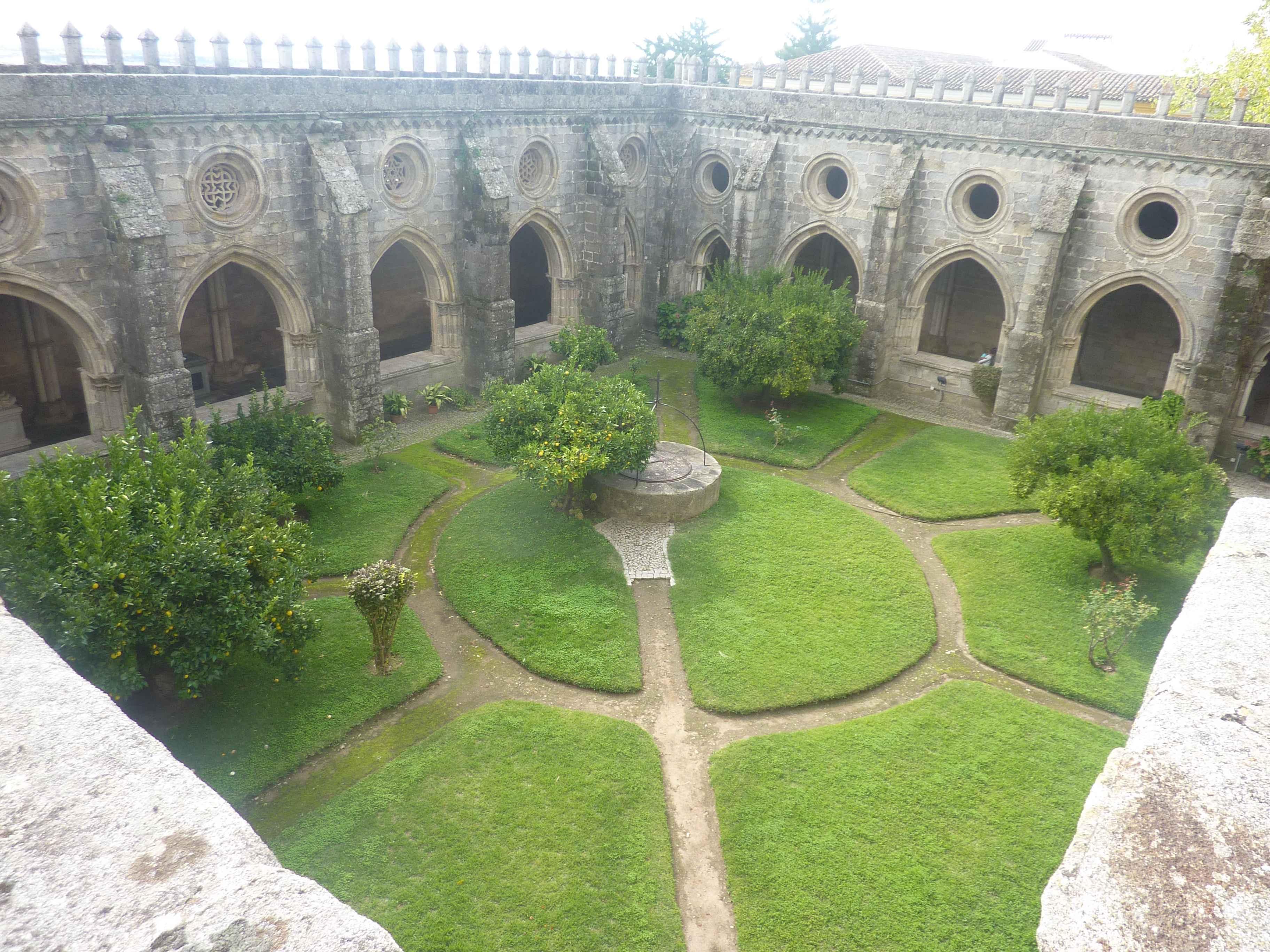 Images de evora au patrimoine de l 39 unesco au portugal for Jardin renaissance